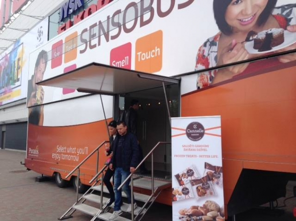 Sensobus tests Cannelle Bakery