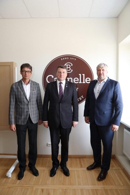 The President of Latvia visits Cannelle Bakery